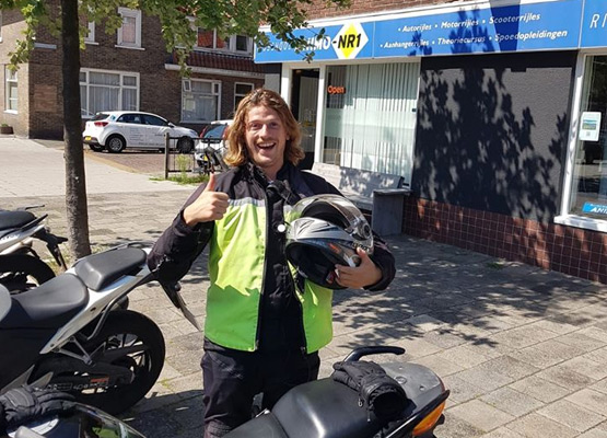 Motorrijschool-Animo-Nr.1-in-Haarlem-2